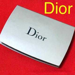 ディオール(Dior)のカプチュールトータルトリプルコレクティングパウダーコンパクト♡ディオール(ファンデーション)