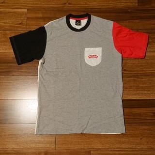 ナイトレイド(nitraid)のnitraid Tシャツ クレイジーパターン 赤黒白 美品(Tシャツ/カットソー(半袖/袖なし))