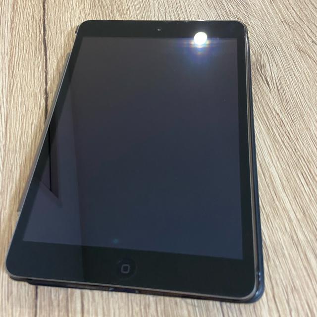 Apple(アップル)のiPad mini 2 Wi-Fiモデル 16GB ME800J/A 美品 スマホ/家電/カメラのPC/タブレット(タブレット)の商品写真