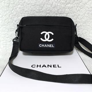 CHANEL - キャンバスショルダーバッグブラック黒カジュアルシャネル CHANEL