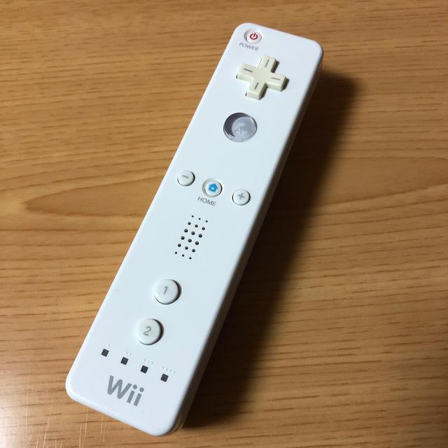 Wii(ウィー)の任天堂Wiiリモコン ホワイト エンタメ/ホビーのゲームソフト/ゲーム機本体(その他)の商品写真
