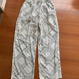 ジーユー(GU)の夏用ズボン(その他)
