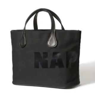 AAA - Nissy naptime. トートバッグ ブラック