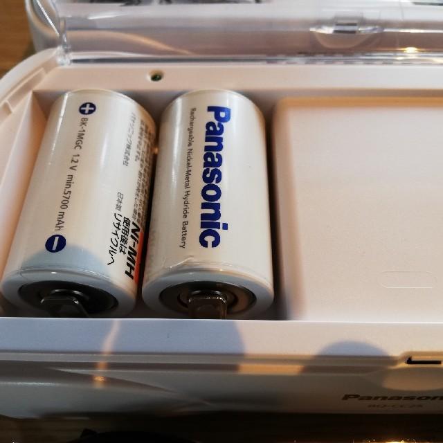 Panasonic(パナソニック)の☆美品半額☆Panasonic 充電器BQーCC251 スマホ/家電/カメラのスマートフォン/携帯電話(バッテリー/充電器)の商品写真