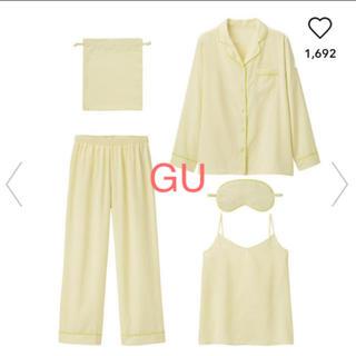 GU - ジーユーGU ルームウェア♡サテン パジャマ5点セット 長袖 ドット柄 黄色 L