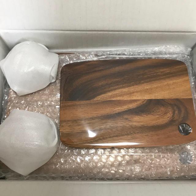 山崎製パン(ヤマザキセイパン)のヤマザキ春のパン祭り カッティングボードセット インテリア/住まい/日用品のキッチン/食器(食器)の商品写真