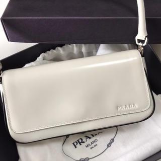 PRADA - PRADA(プラダ) バッグ ホワイト B10690 未使用品