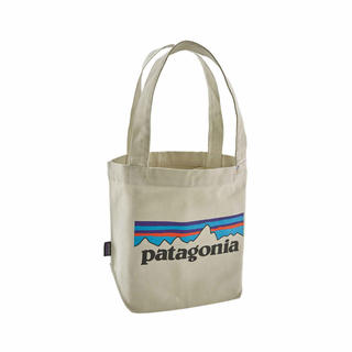 patagonia - 入手困難!新品タグ付き!完売!patagonia  P6 ロゴ ミニトートバッグ