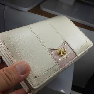 ピンキーウォルマン(pinky wolman)の新品未使用、pinky'wolman、折り畳み財布(ハートチヤーム付)(財布)