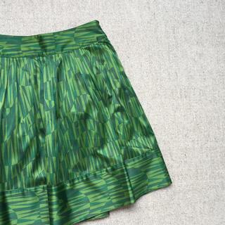 エイチアンドエム(H&M)のイギリス蚤の市 みどりのテキスタイル スカート(ひざ丈スカート)