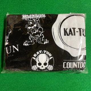 カトゥーン(KAT-TUN)のKAT-TUN カウコン タオル 2013 新品 未開封(アイドルグッズ)