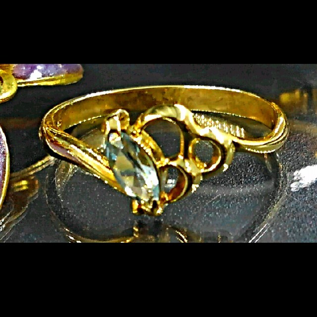 PEACH JOHN(ピーチジョン)のK18リング アクアマリン レディースのアクセサリー(リング(指輪))の商品写真