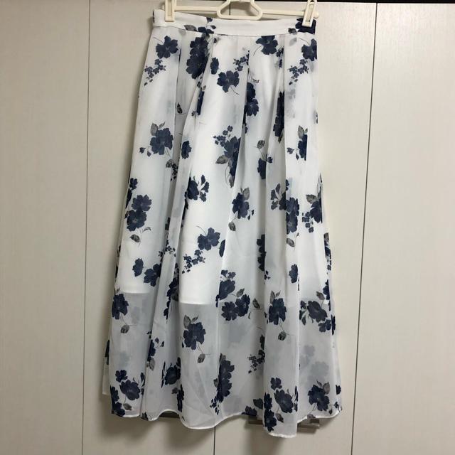 31 Sons de mode(トランテアンソンドゥモード)のトランテアン 花柄スカート レディースのスカート(ロングスカート)の商品写真