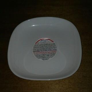 ヤマザキセイパン(山崎製パン)の強化ガラス製器具デニッシュ皿(直径約18cm )(食器)