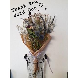 *・.ブルーホワイト系色々お花のスワッグ.・* 花瓶でも可愛いです♡(ドライフラワー)