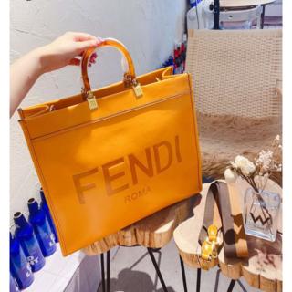 FENDI - FENDI サンシャイン レザー ショッパー トート