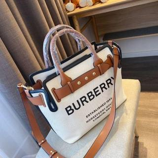 BURBERRY - 大人気 BURBERRY トートバッグ