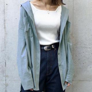 ページボーイ(PAGEBOY)のPAGEBOY ピーチツイルBIGシャツ くすみブルー(シャツ/ブラウス(長袖/七分))