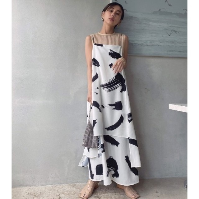 Ameri VINTAGE(アメリヴィンテージ)の【新品】 アメリヴィンテージ MEDI INK LAYERED DRESS レディースのワンピース(ロングワンピース/マキシワンピース)の商品写真
