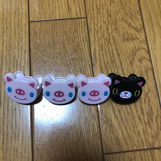 オオトロ(OHOTORO)の子豚 子猫 クリップ (ノート/メモ帳/ふせん)
