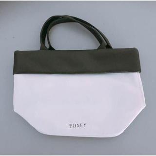 フォクシー(FOXEY)のFOXEY  バイカラーミニバック 人気ノベルティ(ハンドバッグ)