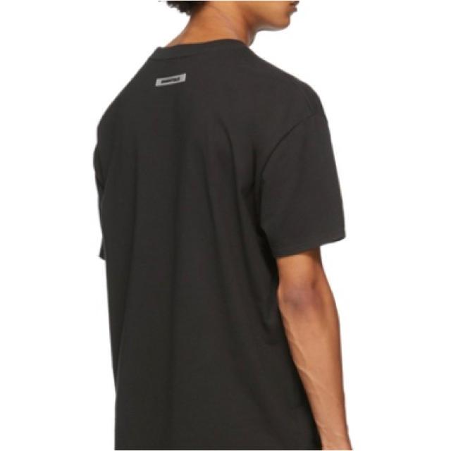 FEAR OF GOD(フィアオブゴッド)のFOG essentials Tシャツ ブラック メンズのトップス(Tシャツ/カットソー(半袖/袖なし))の商品写真