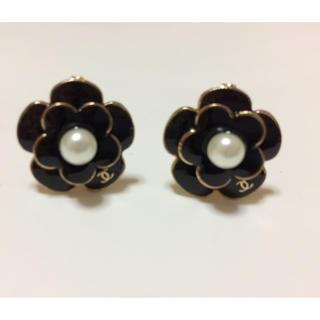 CHANEL - 新品 お花パール付きイヤリング