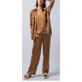 ダブルスタンダードクロージング(DOUBLE STANDARD CLOTHING)の今期Sov. / シルクサンドウォッシュワイドパンツ 、キャミセット(セット/コーデ)