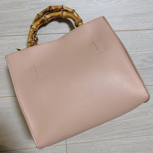 URBAN RESEARCH(アーバンリサーチ)の【美品】バンブーハンドバック レディースのバッグ(ハンドバッグ)の商品写真