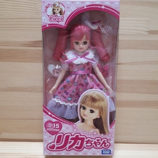 Takara Tomy - 【新品未開封】リカちゃん☆人形☆コスメチックピンク【送料込み】