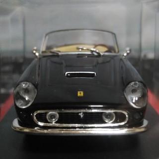 フェラーリ(Ferrari)のFerrari250GT California 1/43スケールモデル(未使用)(ミニカー)