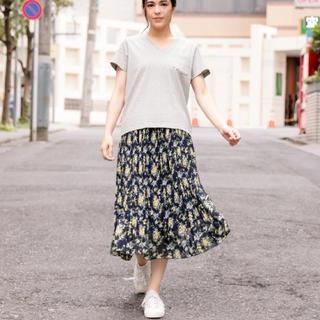 ニコアンド(niko and...)のniko and...  半袖 VネックTシャツ(Tシャツ(半袖/袖なし))