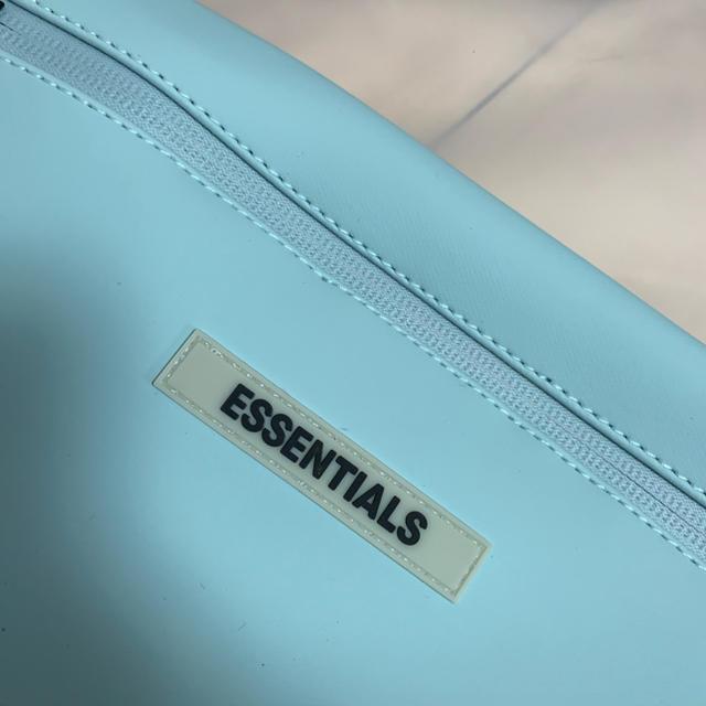 FEAR OF GOD(フィアオブゴッド)のFOG Fear Essentials Waterproof Sling Bag メンズのバッグ(ウエストポーチ)の商品写真