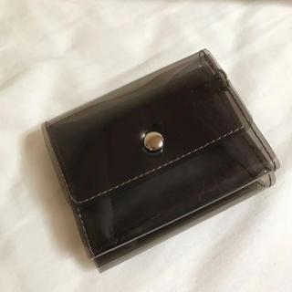 ウィゴー(WEGO)のクリア折財布(Black)(財布)
