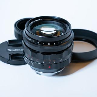 ライカ(LEICA)の極上美品!憧れの「F1.1」Voigtlander NOKTON 50mm(レンズ(単焦点))