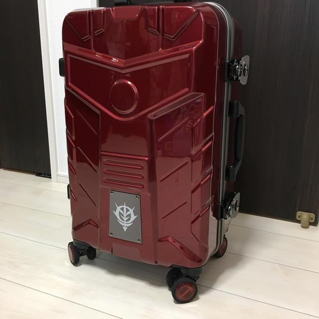 BANDAI(バンダイ)のシャア専用 スーツケース 機動戦士ガンダム キャリーケース ザク 機内持ち込み エンタメ/ホビーのフィギュア(アニメ/ゲーム)の商品写真