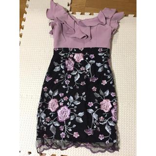 JEWELS - キャバドレス♡Jewels♡Vネック♡フリル花柄くすみピンク