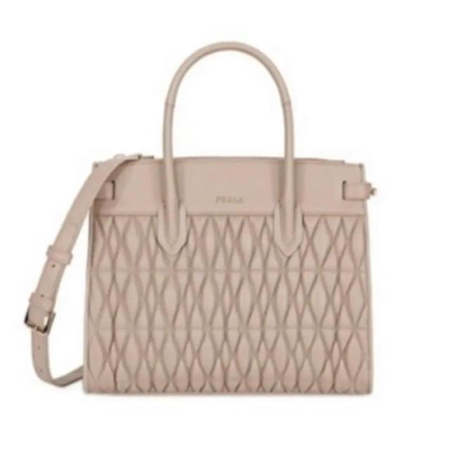 Furla(フルラ)のFURLA コメタ ピンコメタ キルティングバッグ レディースのバッグ(ハンドバッグ)の商品写真
