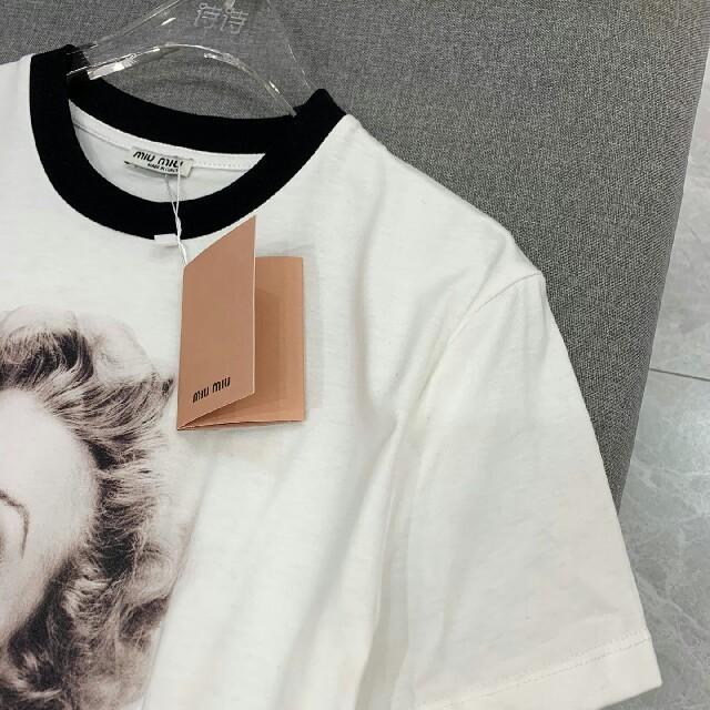 miumiu(ミュウミュウ)のミュウミュウ Tシャツ レディースのトップス(Tシャツ(半袖/袖なし))の商品写真