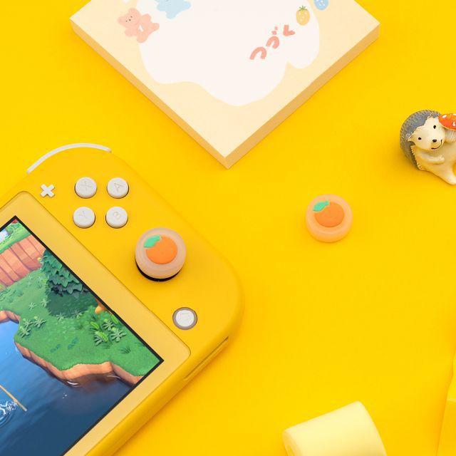 Switch スイッチ 任天堂 スティックカバー 果実 ジョイコン カバー エンタメ/ホビーのゲームソフト/ゲーム機本体(その他)の商品写真