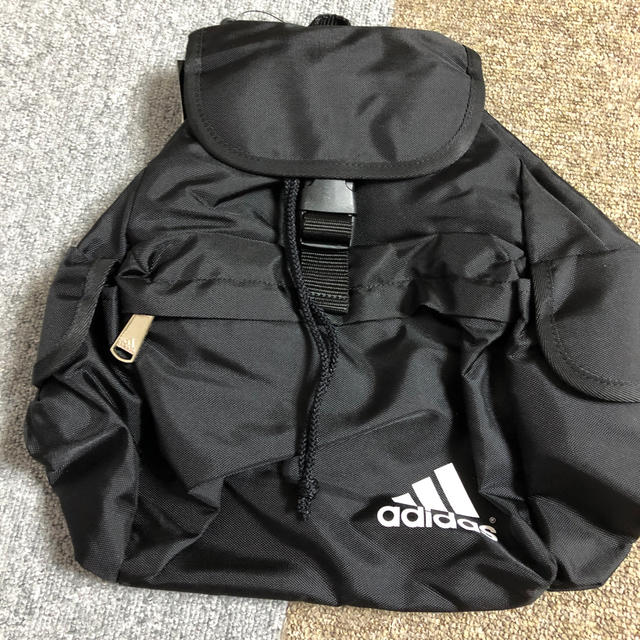 adidas(アディダス)のリュック レディースのバッグ(リュック/バックパック)の商品写真