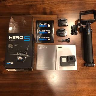 GoPro - GoPro HERO5 black 保証期間内 純正セルカ棒付き
