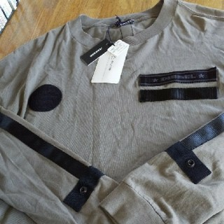 ディーゼル(DIESEL)のDIESEL 新品・未使用。タグ付き。購入価格は17800円+税です。(Tシャツ/カットソー(七分/長袖))