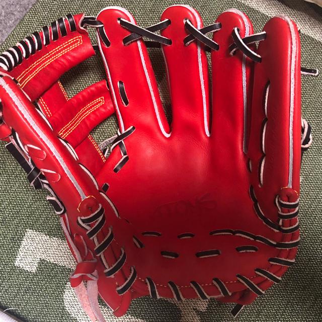 UNDER ARMOUR(アンダーアーマー)のアトムズATOMSグローブ限定 スポーツ/アウトドアの野球(グローブ)の商品写真