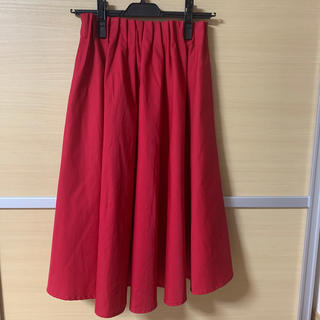 ドゥアルシーヴ(Doux archives)のドゥアルシーブ スカート 赤 タグ付き未使用品(ひざ丈スカート)