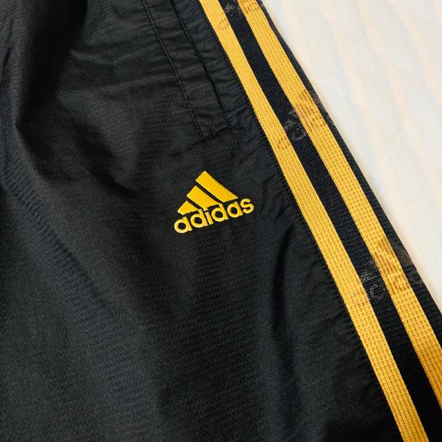 adidas(アディダス)の《adidas》ハーフパンツ スポーツ/アウトドアのトレーニング/エクササイズ(トレーニング用品)の商品写真