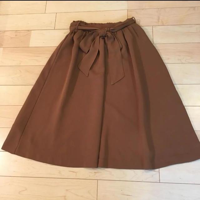 DOORS / URBAN RESEARCH(ドアーズ)の[極美品]ドアーズ ウエストリボン付きギャザースカート☆キャメル レディースのスカート(ひざ丈スカート)の商品写真