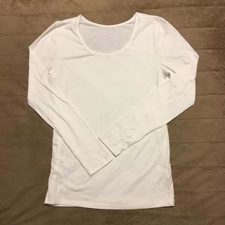 ジーユー(GU)のラインストーン付きホワイトトップス(Tシャツ(長袖/七分))