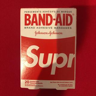 シュプリーム(Supreme)のSupreme BAND-AID 未使用品 シュプリーム バンドエイド 絆創膏(日用品/生活雑貨)