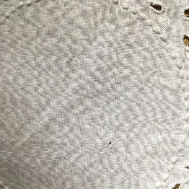 Lochie(ロキエ)のヴィンテージ刺繍ドイリーセット インテリア/住まい/日用品のキッチン/食器(テーブル用品)の商品写真